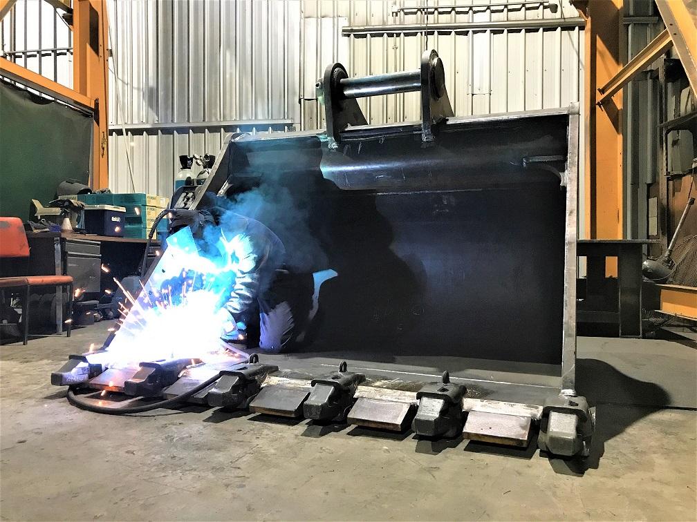 welding 50ton bucket for warrin mining